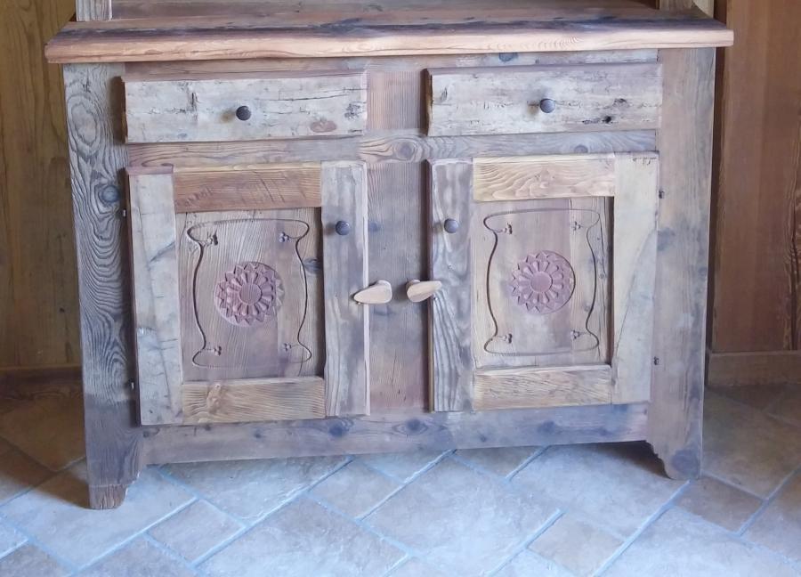 Arredi in legno vecchio falegnameria quinson for Arredi in legno
